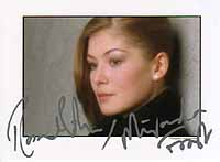 Original Keith Hampshire photograph. Signed brandnew last week by Rosamund Pike who plays the role of MIRANDA FROST. She signed wonderfully: Rosamund Pike ... - 4959rp